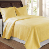 Greenland Home Fashions Vashon Yellow Quilt Set